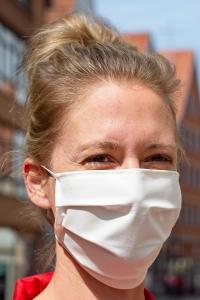 Mund-Nasen-Bedeckung, Stoff